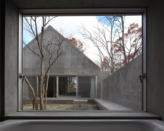 House in Nasu by Kazunori Fujimoto Architect & Associates | Detached houses