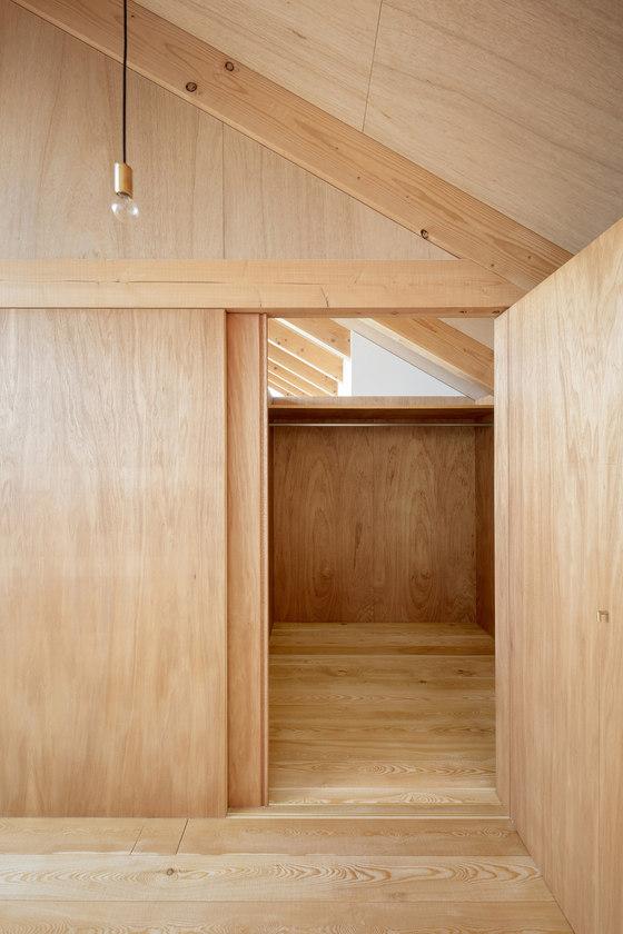 Ullakko by Tsubasa Iwahashi Architects | Detached houses