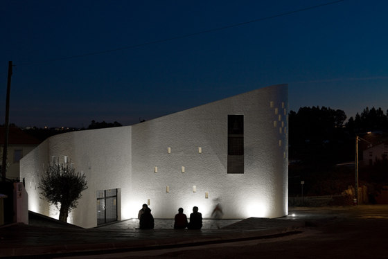 Santa Ana's Chapel by e|348 arquitectura | Church architecture / community centres