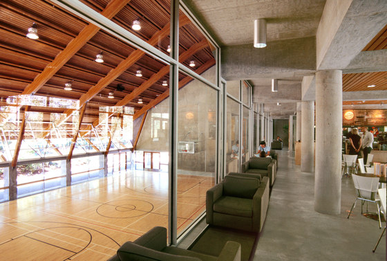 Gleneagles Community Centre de Patkau Architects | Escuelas