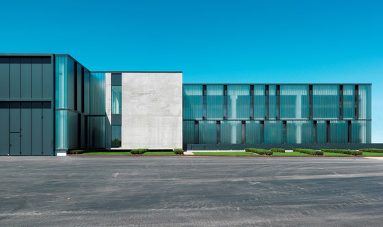GLAS ITALIA Headquarters de Piero Lissoni | Edificio de Oficinas