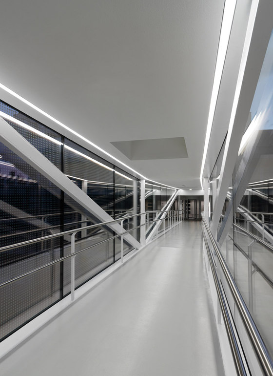 Skywalk by SOLID architecture | Bridges