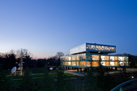 VAKKO Headquarters and Power Media Center by REX | Office buildings