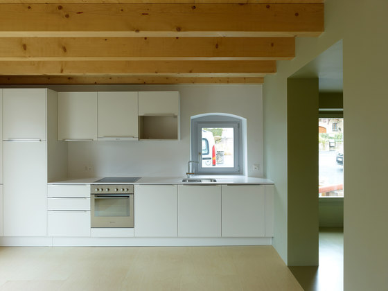 Transformation and creation of two appartments di bunq architectes | Locali abitativi