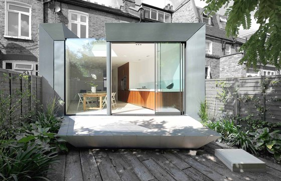 Faceted House 1 by Paul McAneary Architects | Detached houses