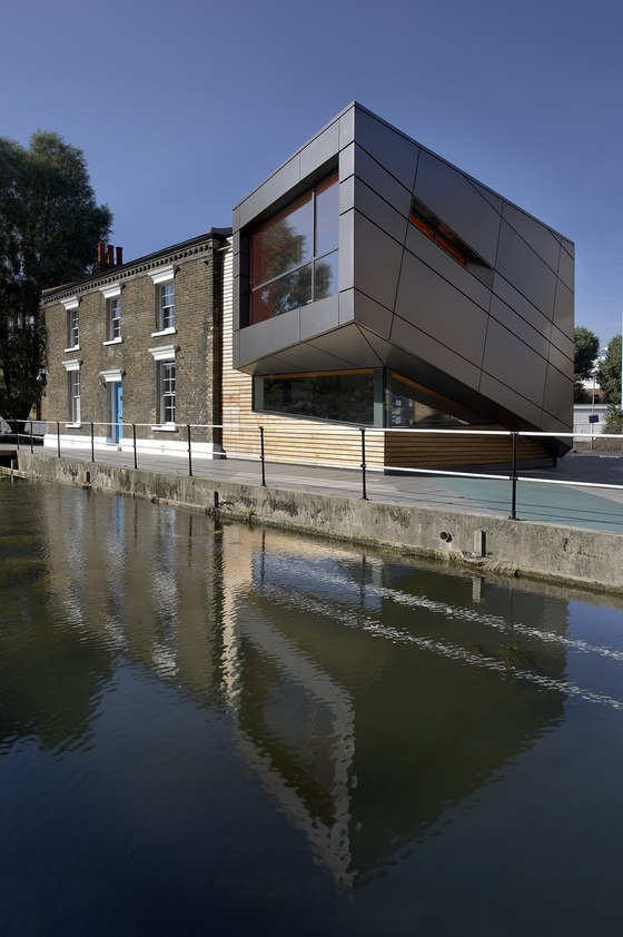 Lock Keepers College di Surface Architects | Università