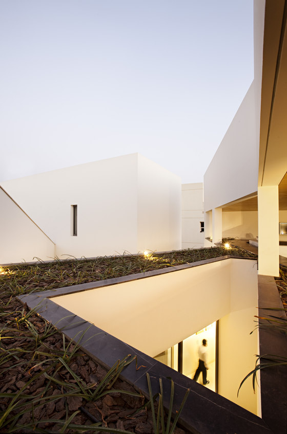 Secret House by AGi architects | Detached houses
