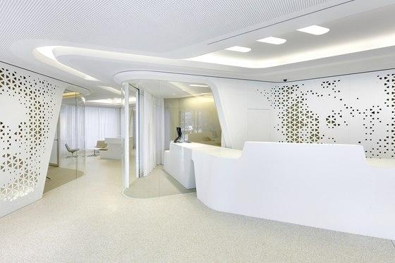 Raiffeisen - Open Lounge di DGJ+NAU | Negozi - Interni
