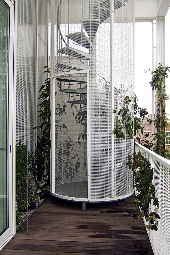 -Roof Garden Apartment