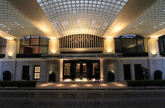 Savoy hotel by lighting design international for Hotel entrance design