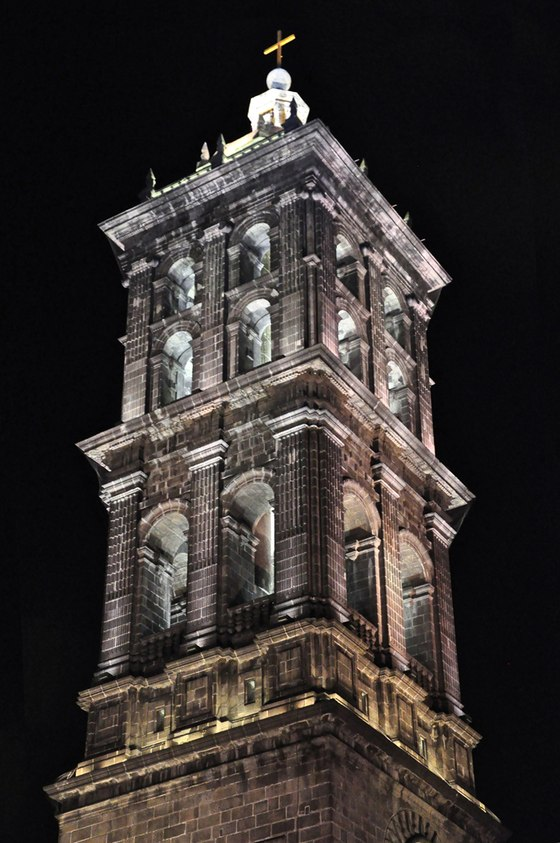 Puebla Cathedral by Lighteam | Gustavo Avilés | Church architecture / community centres