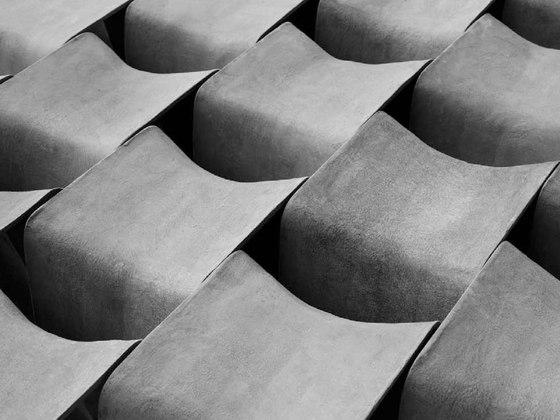 ECAL (seated) de Nicolas Le Moigne | Series reducidas