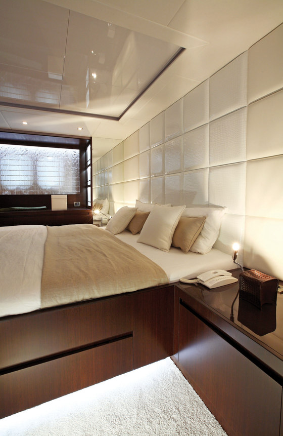 drettmann yacht von grohe reference projects. Black Bedroom Furniture Sets. Home Design Ideas