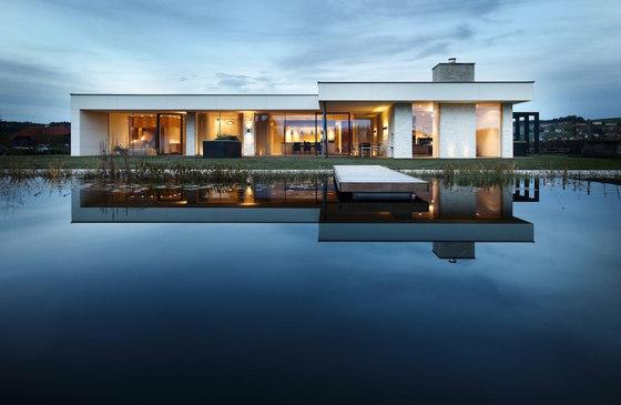 Modernes wohnhaus im bezirk grieskirchen von josko for Modernes wohnhaus