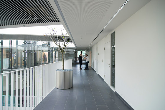 Atrium Amras by Zechner & Zechner ZT GmbH | Office buildings