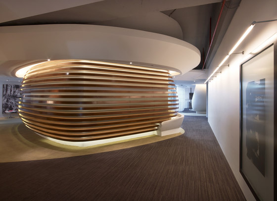 The Tamdeen Group Headquarters di Colacion Studio | Spazi ufficio