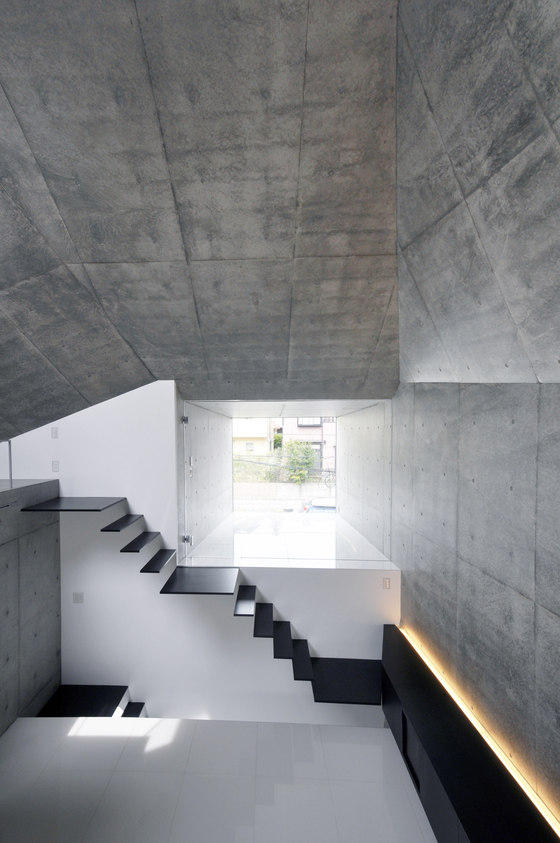 House in Abiko by Fuse-Atelier | Detached houses