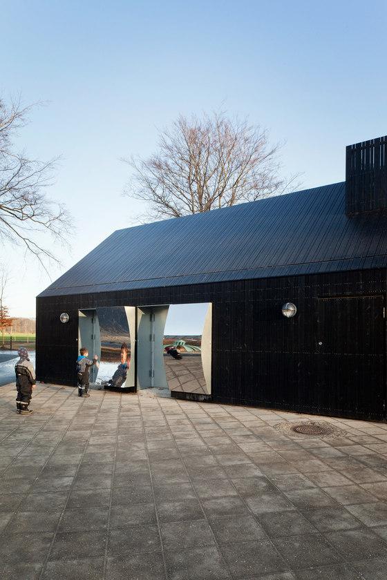 MLRP-Mirror House