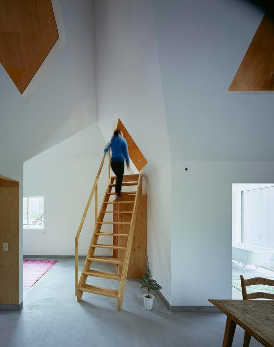 Tato Architects-House in Hieidaira