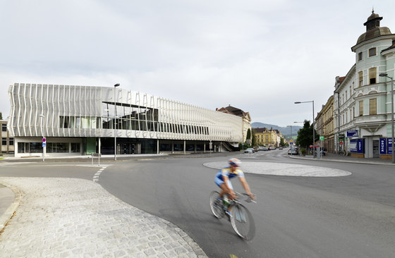 Montanuniversität Leoben de Gangoly & Kristiner Architekten ZT GmbH | Universités