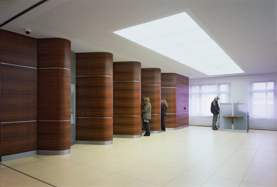 New interior design of the VR Bank Main-Kinzig eG by Carpet Concept   Manufacturer references