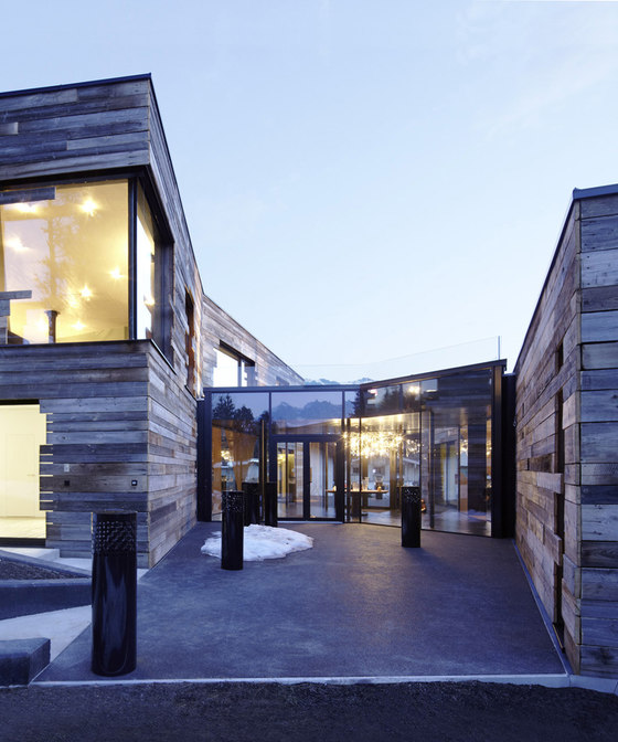 Villa in den Kitzbüheler Alpen de splendid architecture GbR | Casas Unifamiliares