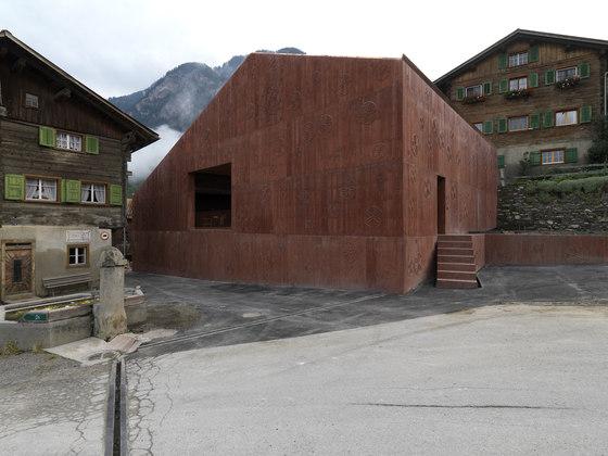 Bardill Studio by Valerio Olgiati | Detached houses