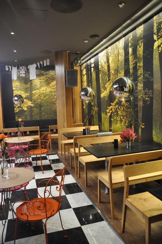 Cafe Sjakk Matt Tinghuset von Zeitraum | Herstellerreferenzen