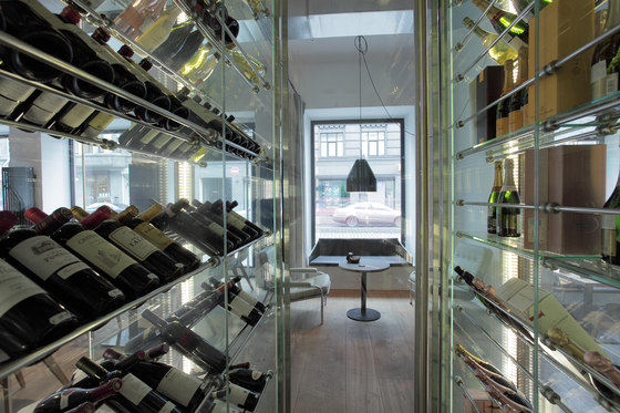Wine Studio, LT di Zeitraum | Manufacturer references
