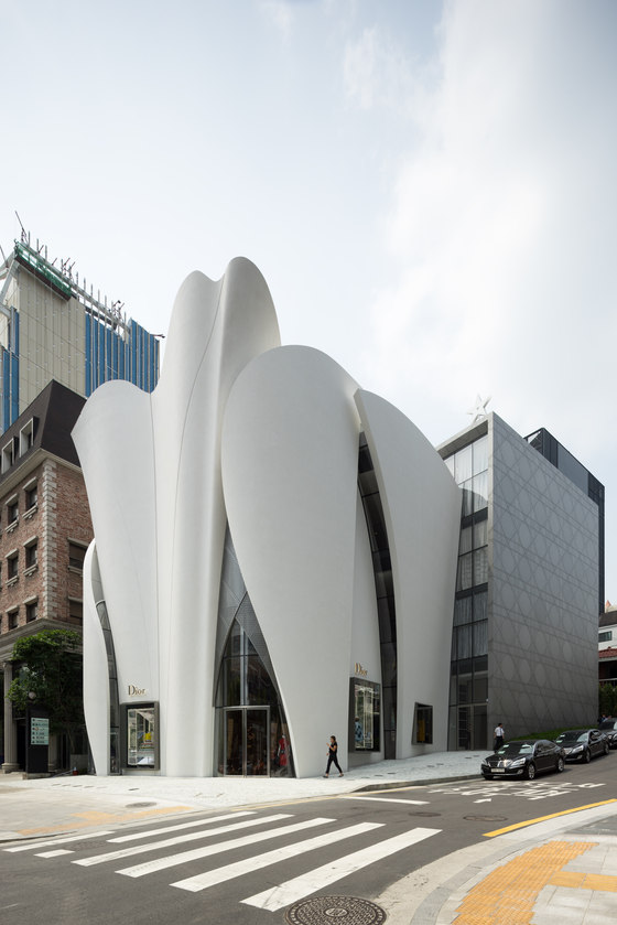 Christian dior flagship in seoul by atelier christian de for De atelier architects