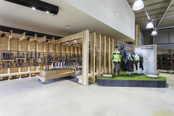 Naylors Equestrian von Visplay reference projects | Herstellerreferenzen