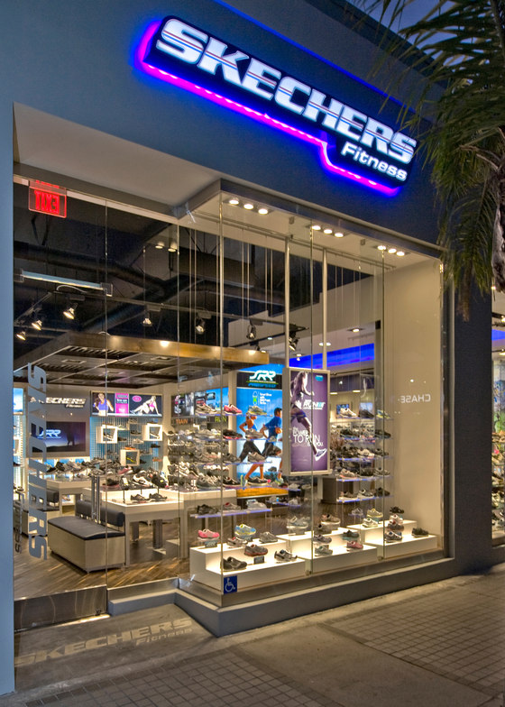 Visplay reference projects-Skechers