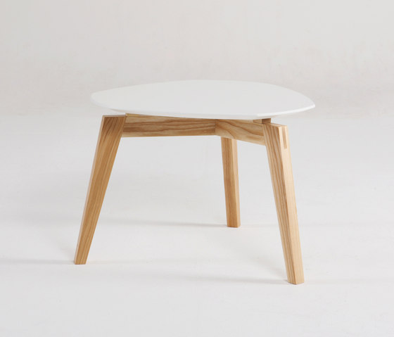 Side Table de Jannis Ellenberger | Prototipos
