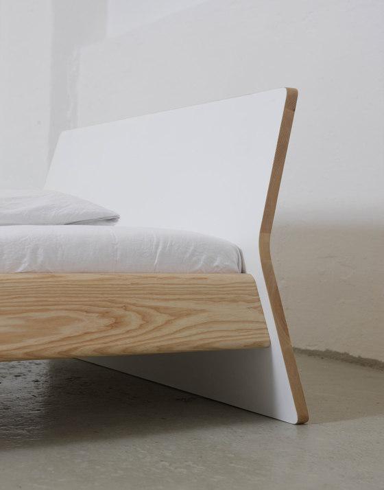 bett von ellenbergerdesign. Black Bedroom Furniture Sets. Home Design Ideas