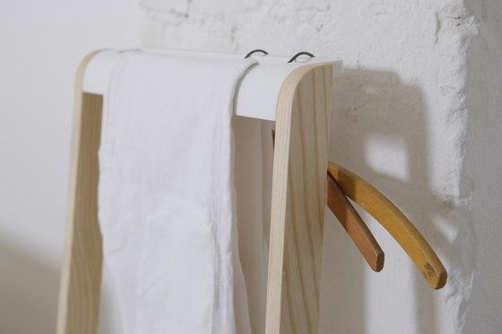 Valet Stand de Jannis Ellenberger | Prototypes
