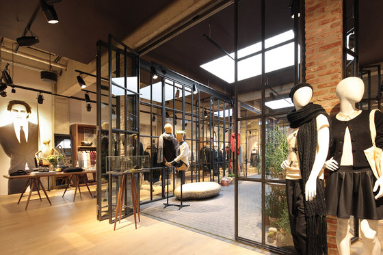Lighthouse Store for Esprit by Reich und Wamser GbR | Shops