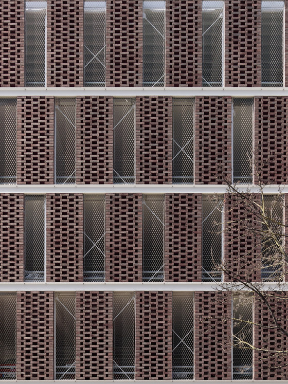 Cityparkhaus Backnang by mattes ∙ sekiguchi partner architekten BDA | Industrial buildings