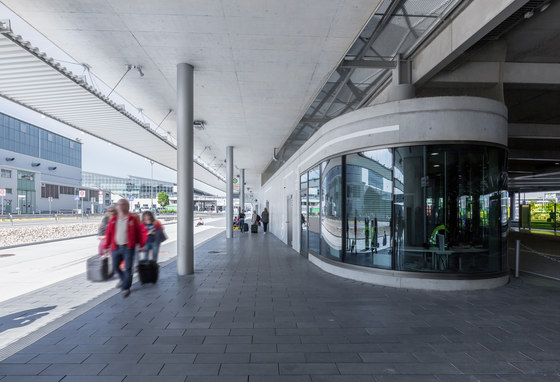 Stuttgart Airport Bus Terminal with Parking Garage by wulf architekten | Infrastructure buildings