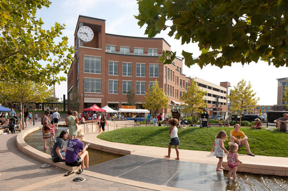 The Circle, Uptown Normal by Hoerr Schaudt Landscape Architects | Parks