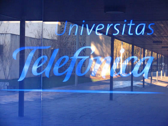 Universidad Corporativa de Telefónica en Parc de Belloch de Santa & Cole | Manufacturer references