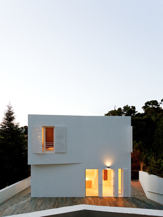 One Family House in Vallvidrera de YLAB Arquitectos | Casas Unifamiliares