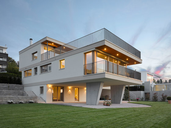 Privathaus Richterswil by Studioforma Architects | Detached houses