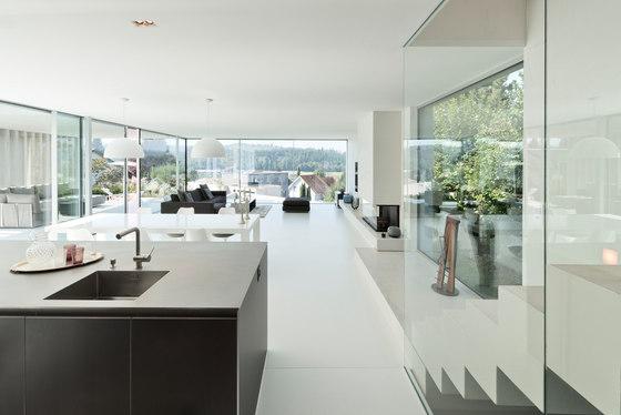 einfaminienhaus r h by sky frame manufacturer references. Black Bedroom Furniture Sets. Home Design Ideas