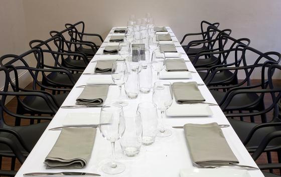 Restaurant La Flor Del Paraninfo di Kartell   Riferimenti di produttori