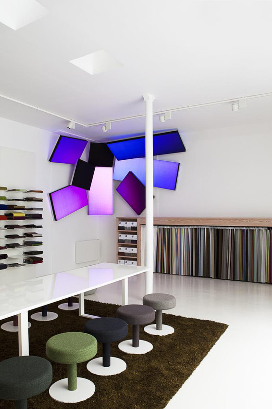 philips lighting reference projects kvadrat showroom paris see what you ve made me do. Black Bedroom Furniture Sets. Home Design Ideas