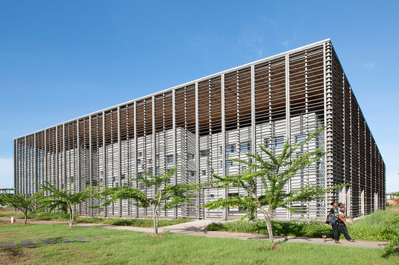 Construction Of The New University Library In Cayenne By Rh+ Architecture |  Universities