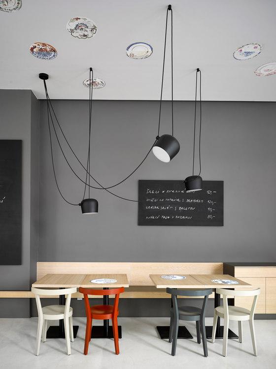 Café Záhorský, Prague de TON   Referencias de fabricantes