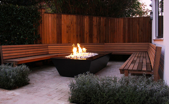 Gas fire table by Rivelin | Manufacturer references