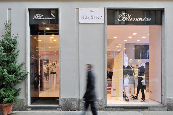 wholesale dealer 1b1dc 3db34 Showroom Blumarine de Buzzi & Buzzi | Manufacturer references