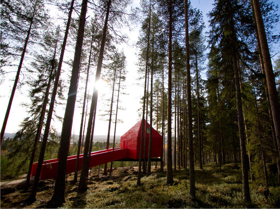 Treehotel, The blue cone de Swedese | Manufacturer references